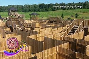 Bliziny-labirynt-drewniany